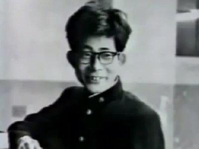 """""""Con esas orejas vas a tener que estudiar mucho para poder casarte"""": la alucinante historia de Kenzaburo Oé"""