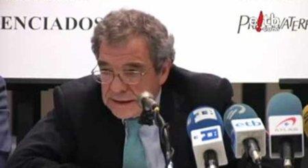 """César Alierta: """"Con la Ley Sinde estamos mejor"""""""