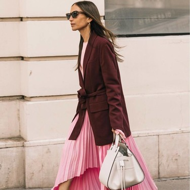 Cinco maneras de combinar una falda plisada en verano y triunfar