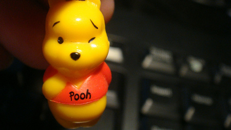 Policía finlandesa requisa Portátil de Winnie de Pooh a una niña de 9 años por