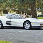 El Ferrari Testarossa de Miami Vice puede ser tuyo (ya que nadie lo quiere)