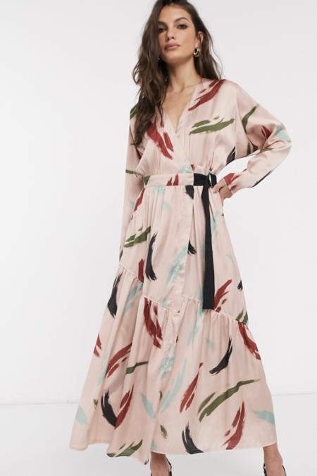 Vestido Largo Y Cruzado Con Estampado Contemporaneo De Asos Design
