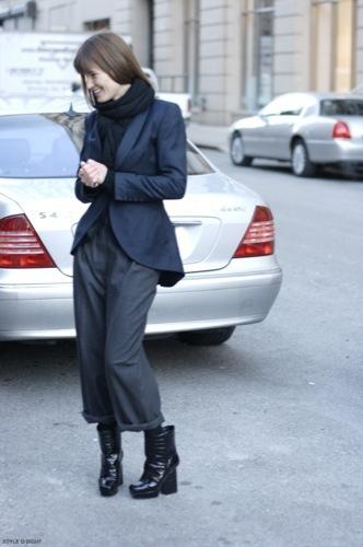 Looks de calle para estos días: vestidos e ideas para esta Nochevieja, botas