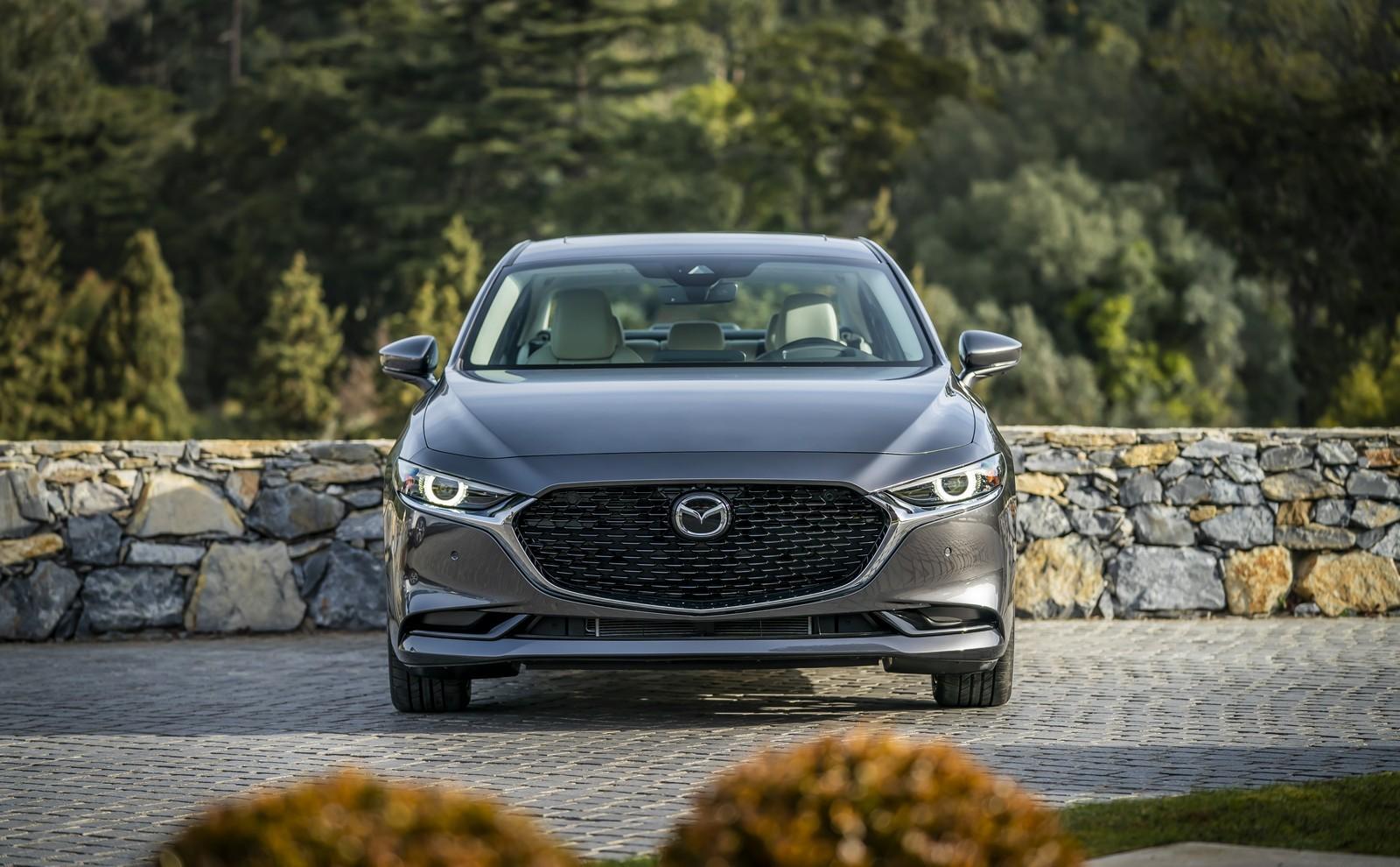 Foto de Mazda3 2019 Sedán (34/40)