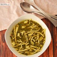 Sopa minestrone con espinaca y pavo