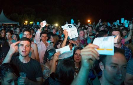 """""""Te bañas en billetes. Págales, joder"""": el día que David Guetta hundió la vida cultural de Cantabria"""