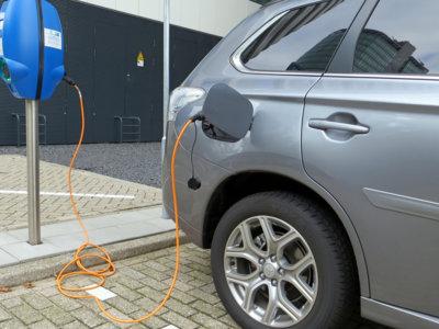 Los coches eléctricos serán más baratos que los convencionales en 2022, según el BNEF