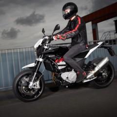 Foto 5 de 111 de la galería husqvarna-nuda-900-y-900r-datos-y-fotos-oficiales en Motorpasion Moto