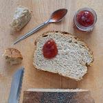 Pan integral de espelta a las finas hierbas. Receta para el Día Mundial del Pan