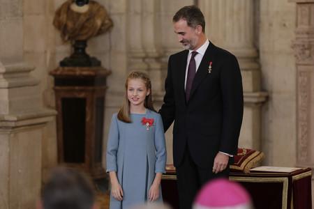 La princesa Leonor eclipsa a Doña Letizia en la imposición del Toisón de Oro