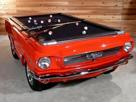 Ideas para regalos de última hora: la mesa de billar del Ford Mustang
