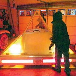 Zanis 1: un coche eléctrico con forma de pirámide