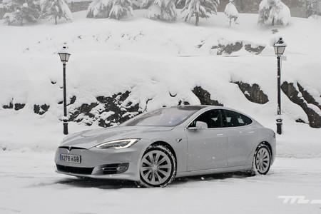 El Tesla Model S triunfa en Holanda de forma temporal, antes de que suban los impuestos a los coches eléctricos