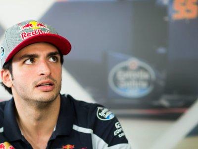 Carlos Sainz seguirá en Toro Rosso la próxima temporada