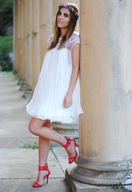 fiorella-otras-joyas-bisuteria-chicwish-vestido