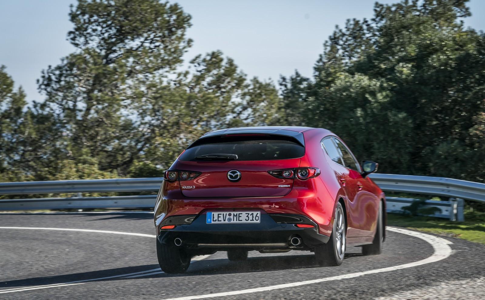 Foto de Mazda3 2019 (66/128)
