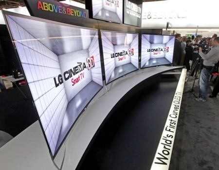 LG presenta la primera pantalla OLED curvada