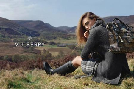 La obsesión de Mulberry con Cara Delevingne continúa en la campaña Otoño-Invierno 2014/2015