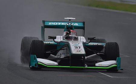 Kazuki Nakajima se impone en una espectacular carrera de la Super Fórmula en Fuji