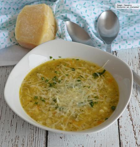 Sopa de coliflor, brócoli, calabaza y pasta. Receta para el otoño