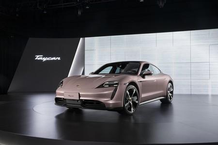 El Porsche Taycan de propulsión más accesible llega a China, con un solo motor pero con 414 km de autonomía y 408 CV
