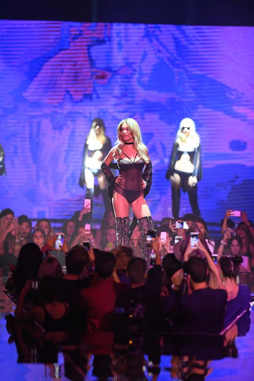 Acudimos al Tezenis Show con Rita Ora: la puesta en escena más espectacular
