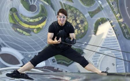 """'Misión: Imposible 7' y '8' retrasan sus fechas de estreno y Tom Cruise confiesa su problema rodando escenas de riesgo: """"Me han dicho que deje de sonreír"""""""