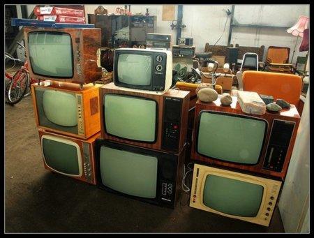 Internet en el salón y la vieja televisión al contenedor
