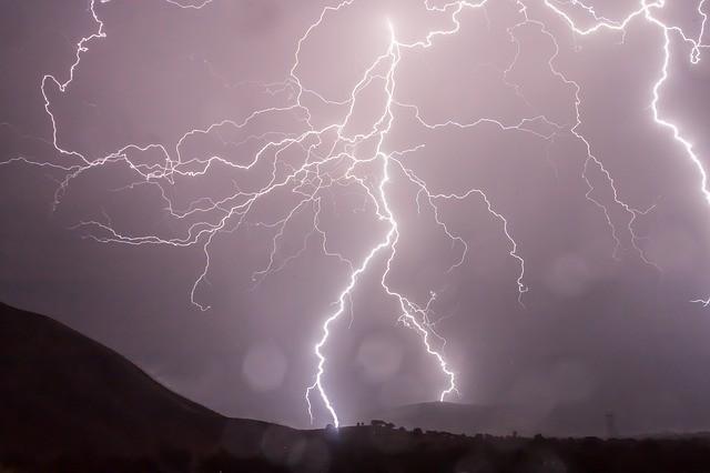 Lightning 399853 640