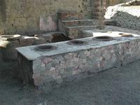 Un bar de Pompeya cerrado durante 2000 años vuelve a abrir sus puertas al público