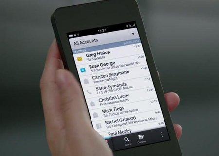 Se filtran las especificaciones de los primeros teléfonos con BlackBerry 10