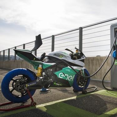 El estreno de MotoE se aplaza pero conservará cinco carreras en 2019 pese al incendio de Jerez