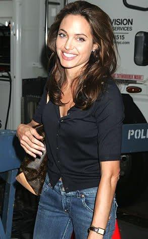 Louis Vuitton tiene nuevo rostro... ¡¡¡Angelina Jolie!!!