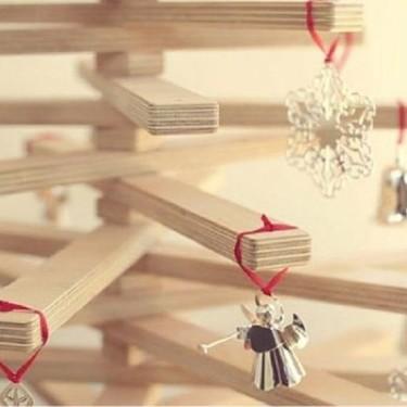 Aún estamos a tiempo: árboles de navidad en madera, fáciles y rápidos de colocar
