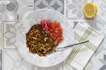 Ensalada de lentejas crujientes al horno: receta vegana saludable para reengancharse a esta legumbre