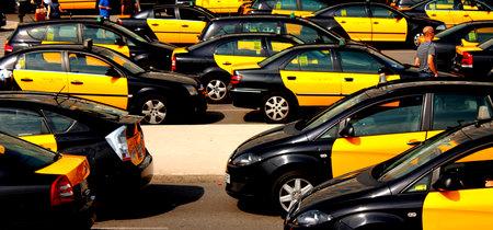 """""""Comienzan los juegos del hambre"""": el sector del taxi ya no se conforma con que se cumpla la ley, quiere el fin de las VTC"""