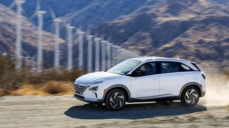 Canarias elimina el IVA en la compra de coches eléctricos, híbridos y de gas