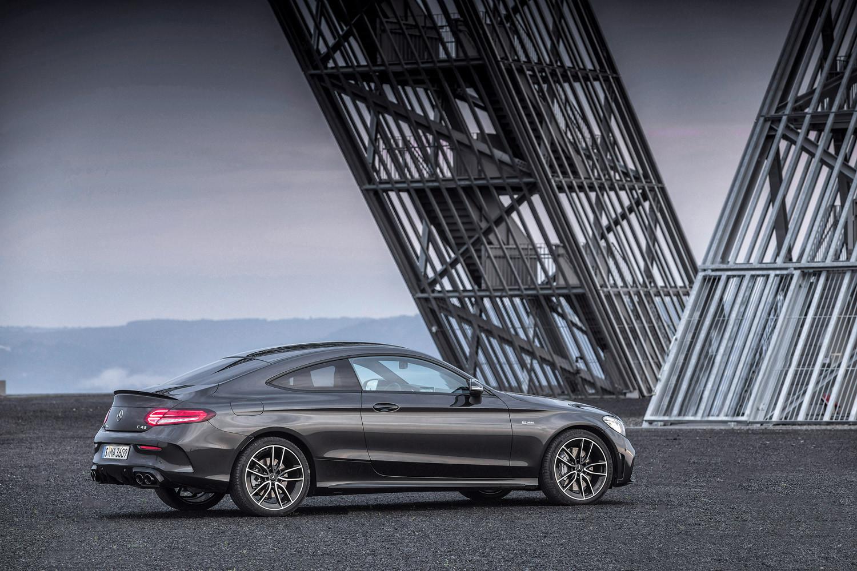 Foto de Mercedes-Benz Clase C 2018, toma de contacto (128/255)