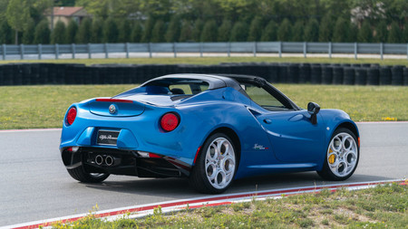 Alfa Romeo 4C Spider Italia