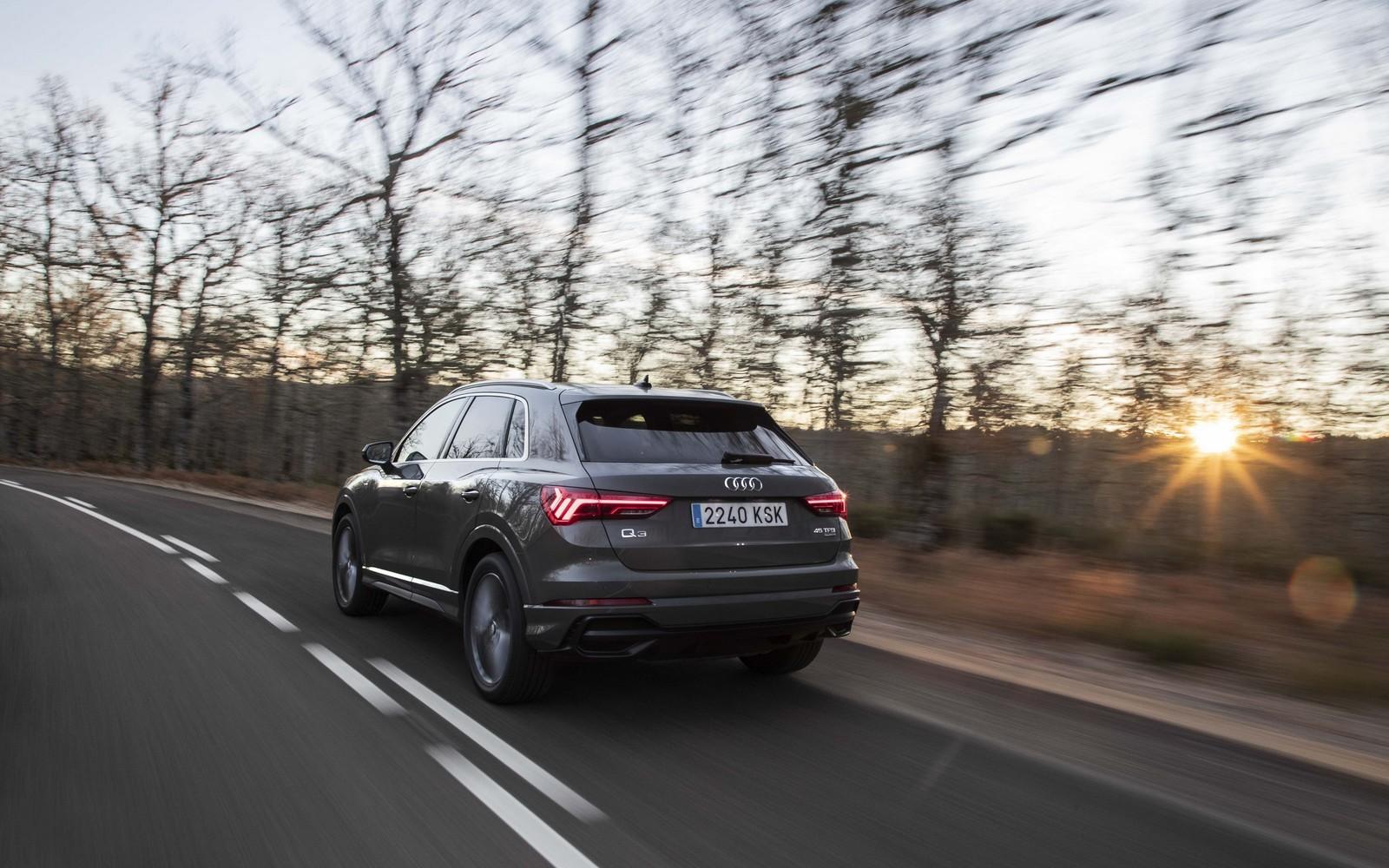 Foto de Audi Q3 2019 (22/50)