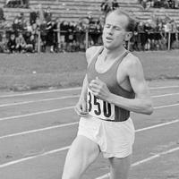 Los brutales entrenamientos de Emil Zatopek: 60x400 metros durante diez días seguidos