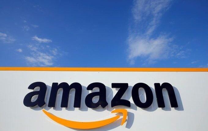 Amazon, luces y sombras: alcanza los 200 millones de suscriptores de Prime, pero sus empleados tienen que orinar en botellas