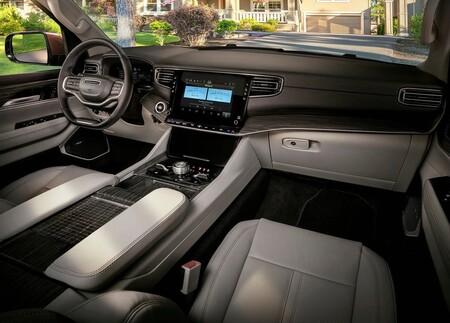 Jeep Wagoneer 2022 1600 28