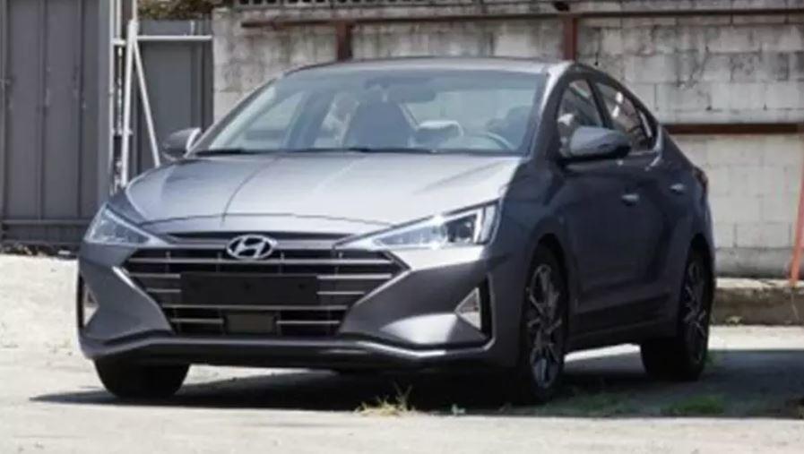 Foto de Hyundai Elantra 2019 (fotos espía) (6/7)