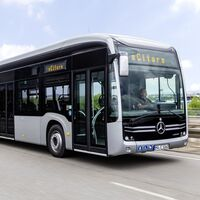 Mercedes-Benz pone (por fin) fecha de llegada a Europa a su autobús eléctrico con baterías de estado sólido