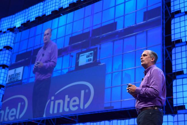 El CEO de Intel habla dos minutos sobre Meltdown y Spectre: ha repetido lo que ya sabíamos sin hacer autocrítica