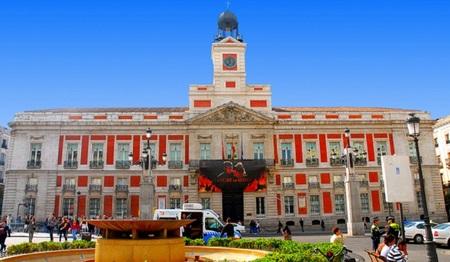Ahorre tiempo y dinero con los cinco nuevos trámites digitales del Ayuntamiento de Madrid