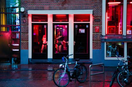 Adiós al Barrio Rojo: Ámsterdam creará un recinto a las afueras para sus trabajadoras sexuales