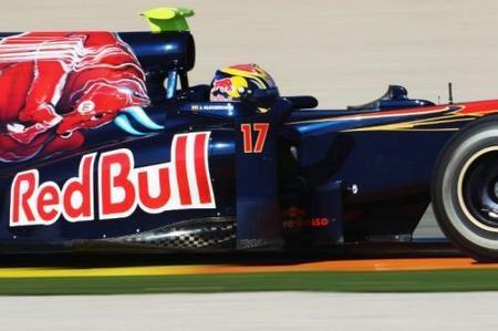 Jaime Alguersuari completa su primera jornada de test