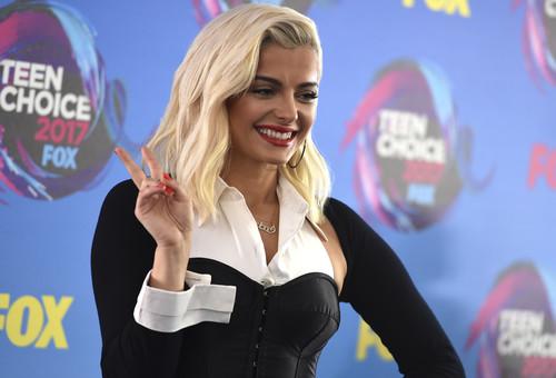Las peor vestidas de los Teen Choice Awards 2017